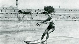 Ki hinné, hogy ilyen varázsosan modern város volt Bagdad – az ötvenes években?