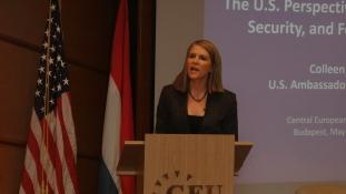 Bell: A korrupció rontja  a magyar emberek hangulatát