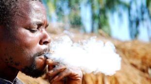 Már Ugandában sem gyújthatnak rá bárhol