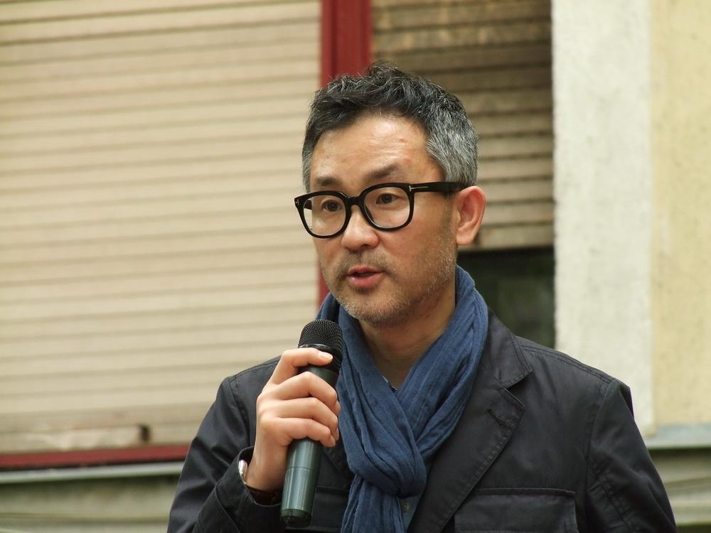 Seok Jaehyun a kiállítás kurátora