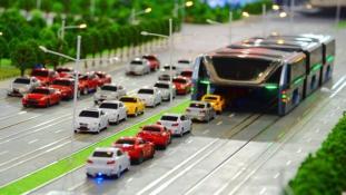 A kíniak megmutatták, milyen lesz a jövő busza (videóval)