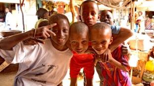 Június 30: Szeretem Afrikát! flashmob Budapesten