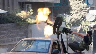 Több mint hetvenen haltak meg egyetlen nap alatt Aleppónál