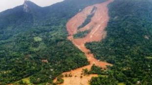 Srí Lankán árvizek és földcsuszamlások pusztítanak