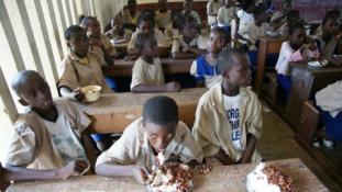 Név szerint közli a rádió az érettségi eredményeket Kongóban – interjú