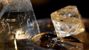 Kínaiak vásárolnának az orosz gyémánttermelőből