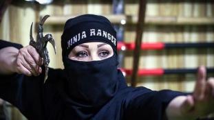 Nindzsalányok Iránban
