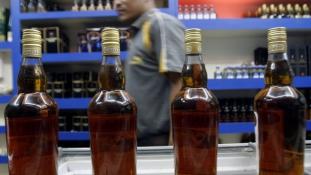 Minden 96. percben megöl egy indiait az alkohol