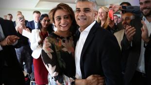 Ő Sadiq Khan, az új londoni polgármester