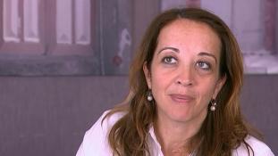 Kiengedték Törökországból a Twitter-üzenetei miatt őrizetbe vett holland újságírónőt