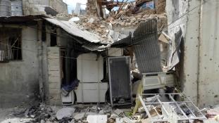 Beengedi a segélyeket újabb három ostromlott városba Damaszkusz