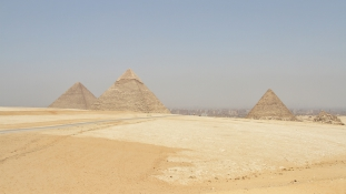 Magyar régészek, hajóút, száguldás a sivatagban – Egyiptom testközelből