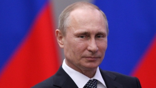 Szentpétervári fórum –  Putyin szerint kezdődhet a növekedés