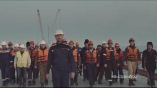 Munkások büszke népe építi a krími hidat – videó