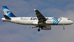 Titokzatos vészjelek voltak az EgyptAir lezuhant gépén