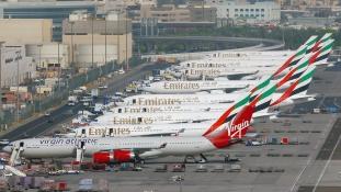 Drón miatt egy órára kitették a zárva táblát a dubaji reptérre