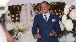 62 éves egyiptomi milliárdoshoz ment férjhez Justin Bieber exbarátnője