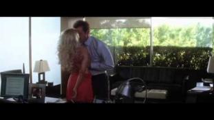 Megcsal a férjed? Ne kamerázd be az irodáját, te húzod a rövidebbet!