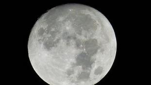 Holdbázist építenek az oroszok – a kérdés: mikor?