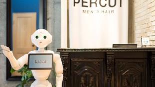 A robot mondja meg, milyen frizura áll jól