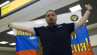 Így jutott be a kiutasítás után két nappal a francia stadionba az orosz ultrák vezére