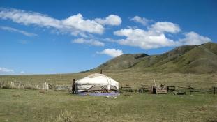 Postás app, hogy a mongol nomádok is megkapják a leveleiket
