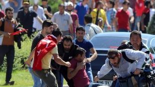 Újabb 47 újságírót üldöznek Törökországban