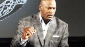 1-1 millió dollárt ad a rendőröknek és a feketéknek Michael Jordan