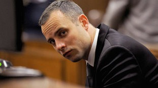 Hatéves börtönbüntetést kapott Oscar Pistorius a barátnője meggyilkolásáért