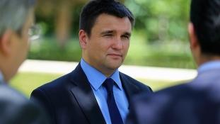 Az EU-ra és a NATO-ra várva: új utat nyit magának Ukrajna
