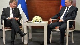 Putyin nem ül karba tett kézzel, ha Finnország belép a NATO-ba