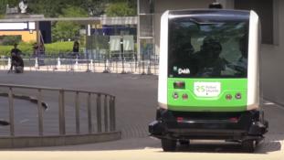 Vezető nélküli busz indult Japánban