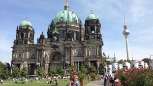 Wi-Fi-t kapnak a német templomok