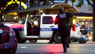 Orvlövészeket tartóztattak le Dallasban