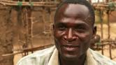 Ismerje meg a HIV-pozitív férfit, aki 4 dollárért veszi el a kislányok szüzességet