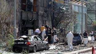 Öngyilkos robbantás volt az amerikai konzulátus mellett Dzsiddában
