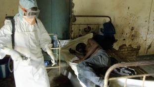 Egy magyar, aki megjárta az Ebola poklát