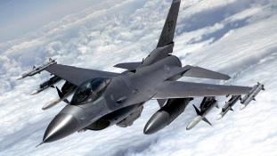 F16-osok keresik az eltűnt török hajókat