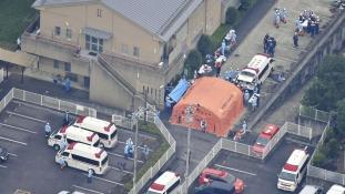Fogyatékkal élőket gyilkolt egy ámokfutó Japánban