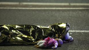 A nizzai tragédia talán legszívszorítóbb képe