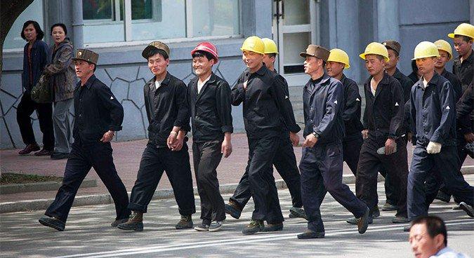 nkorean-workers-675x368