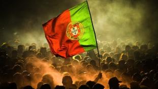 Kitörő öröm: így ünnepeltek a portugálok az Eb-döntő után