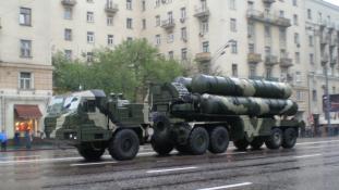 Az oroszok légvédelmet telepítettek a Krímbe