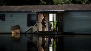 Árvíz Louisianában – legkevesebb 11 halott (videó)
