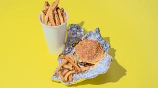 Sokk –  így néz ki kétezer kalória a gyorséttermekben