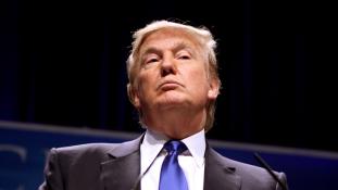 Trump lángba boríthatja a választási küzdelmet