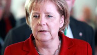 Merkel mélyrepülésben?