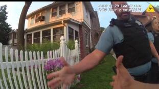 Lepacsiztak a rendőrök, miután lelőtték a fegyvertelen fekete fiút