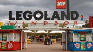 Két hatéves kislányt szexuális támadás ért a Legolandben