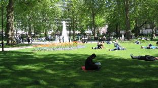 Késelés Londonban – egy nő meghalt, öten megsebesültek